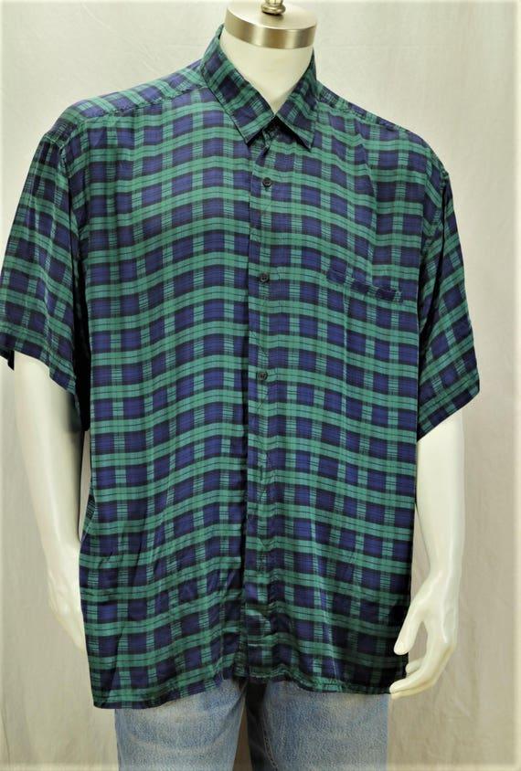 a7d19f042853 Men short sleeve silk shirts 90s mens clothing Vintage retro