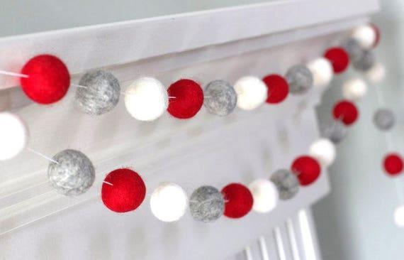 Christmas Ball Garlands.Red Gray White Felt Ball Garland Christmas Valentines Holiday Party Decor 1 2 5 Cm Wool Felt Balls