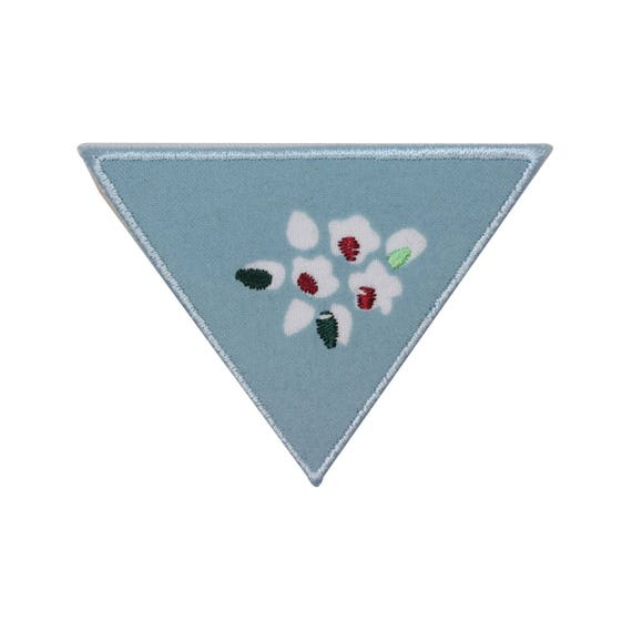 cf243c6c61a98 ID 3120 Triangle Flower Badge Patch Floral Craft Embroidered