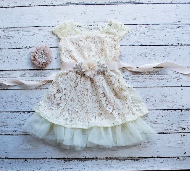 Boho flower girl dress,  Flower Girl Dresses,  Champagne flower girl dress, Boho Weddings,Bohemian Flower Girl Dress, Champagne Boho Dress