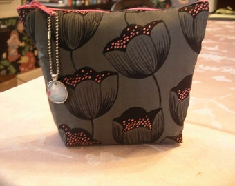 Black and Pink Tulips Make-Up Bag