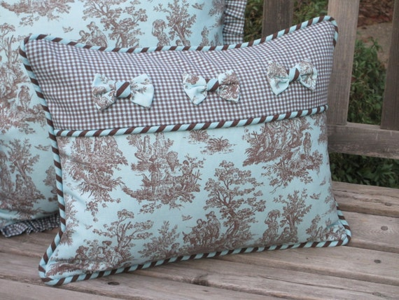 Toile Pillow Cover Deluxe French