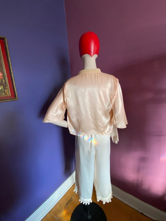 1930s Silk Satin Bed Jacket XS S - image 7