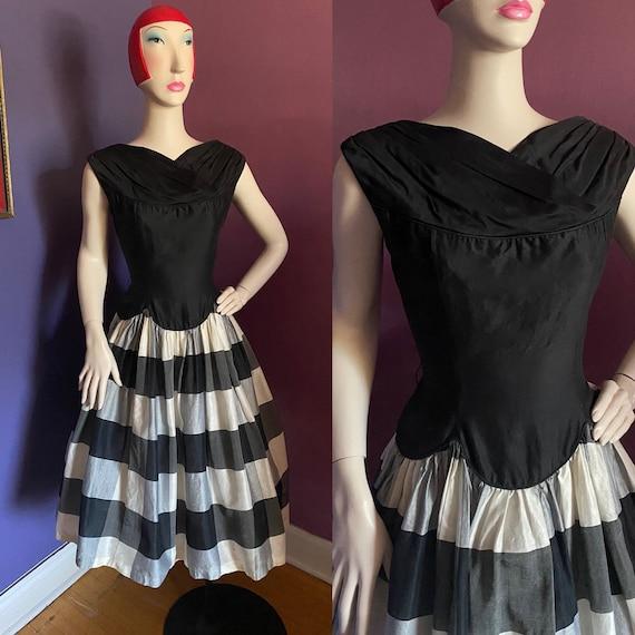 Vintage 1950s Buffalo Plaid Dress M