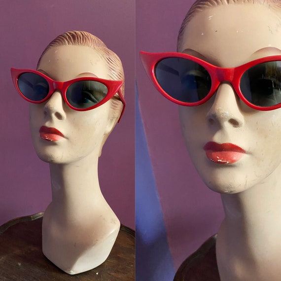 Vintage 80s does 50s Cat Eye Sunglasses
