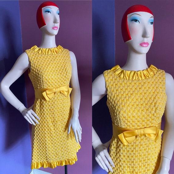 Vintage 1960s Crochet Mini Dress XS S