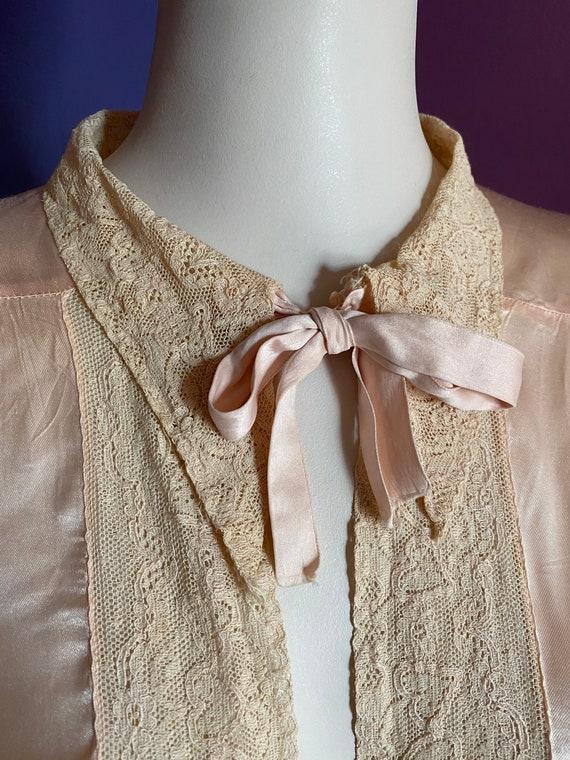 1930s Silk Satin Bed Jacket XS S - image 3