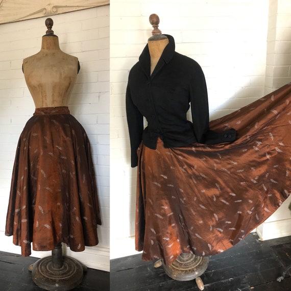 Vintage 1950s Feather Print Circle Skirt M
