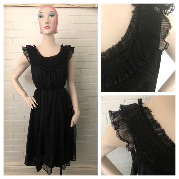 Vintage 1960s Black Babydoll Nightgown L/XL Volup