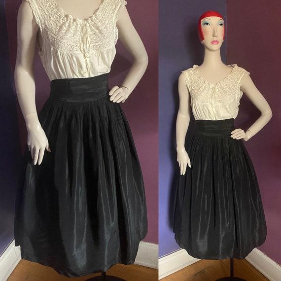 Vintage 1940s High Waisted Taffeta Skirt L XL Volu