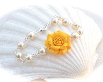 Golden Yellow Rose Bracelet, yellow Flower bracelet, Spring Bracelet, bridesmaid Bracelet, Bridal Bracelet