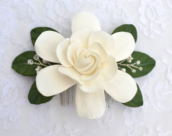 White Gardenia and Green Leaves Hair Comb, Gardenia Fascinator, Gardenia and Leaves Headpieces