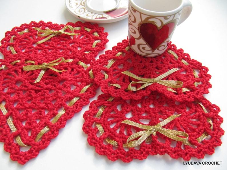 Crochet heart PATTERN. Coaster coaster heart with ribbon image 0