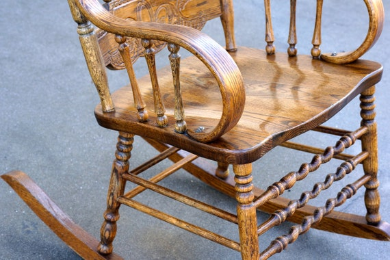 Enjoyable Vintage Oak Rocking Chair With Pressed Back Design Free U S Shipping Ncnpc Chair Design For Home Ncnpcorg