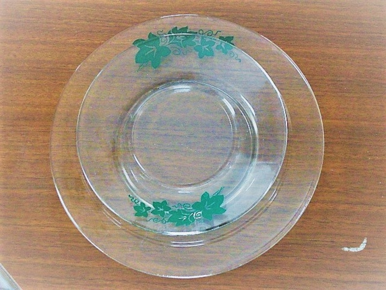 8 Vintage Ivy Leaf Clear Glass Plates 4 Luncheon 4 Dessert or Bread and Butter