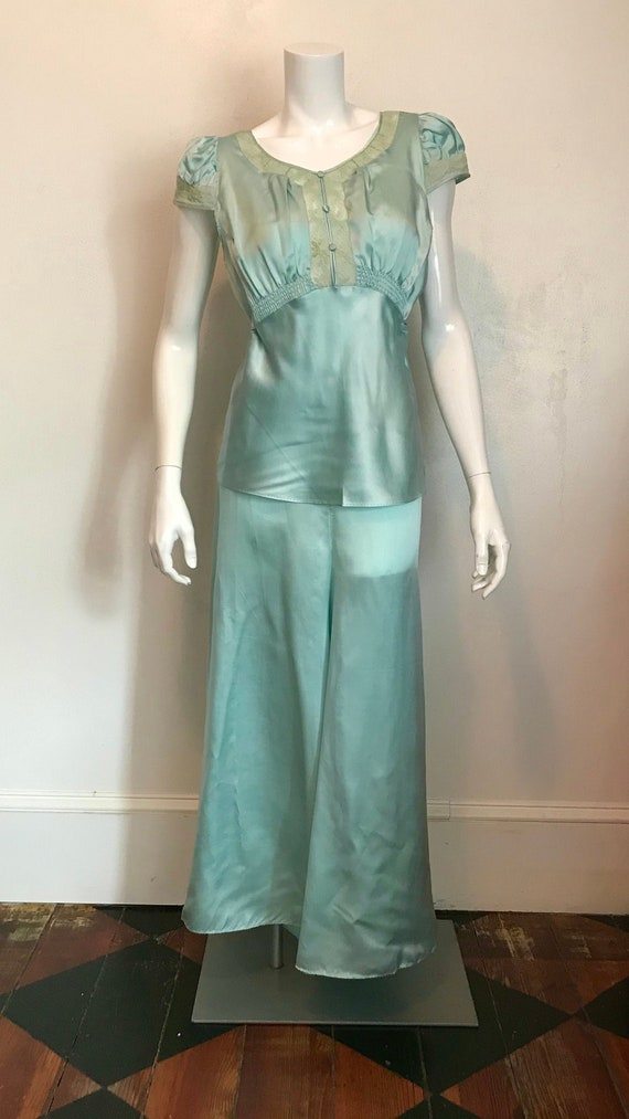 1930's blue silk and rayon two piece pajama/lounge
