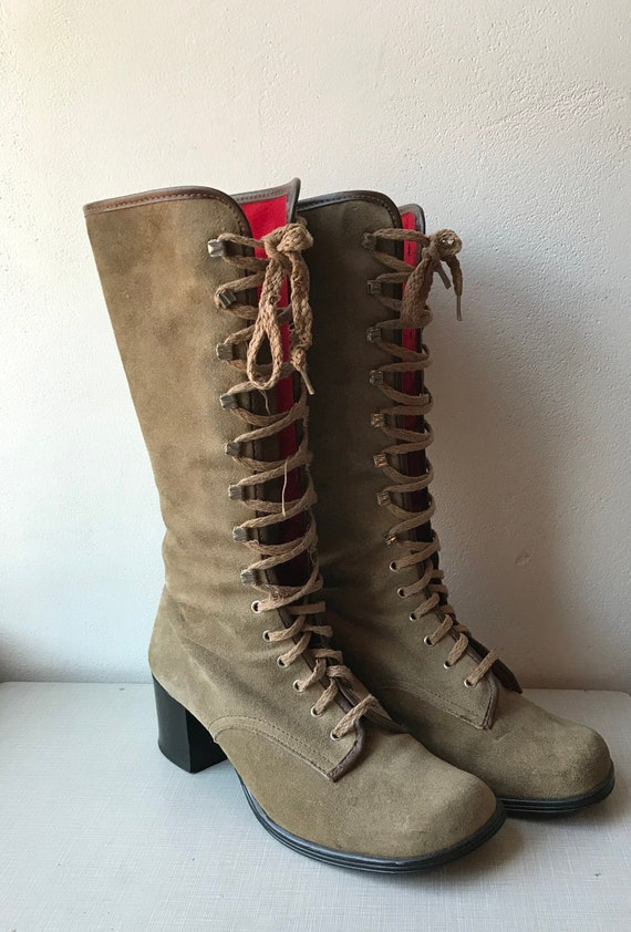 1970's tan suede lace up go go boots/size 6