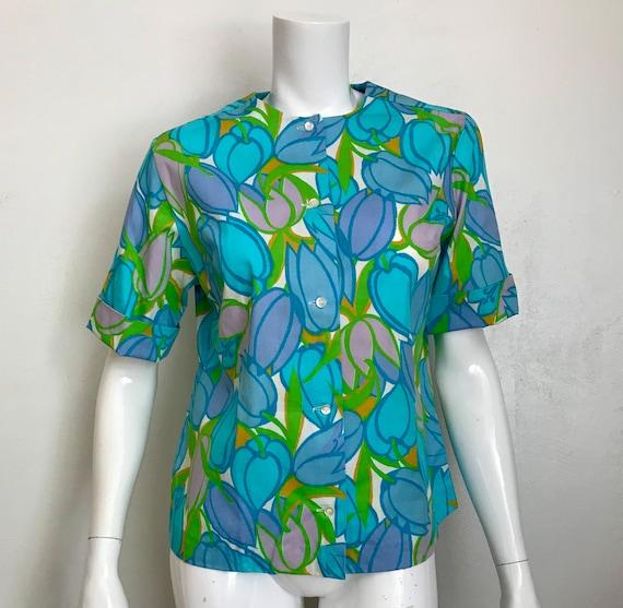 1960's Lady Manhattan cotton tulip print blouse/s… - image 1