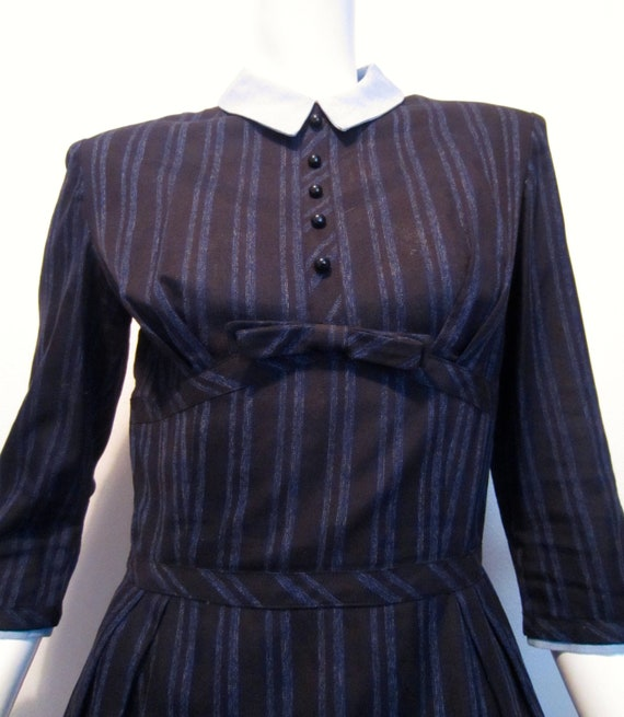 1950's Youth Guild of N.Y. black and blue striped