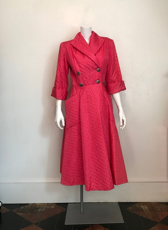 1960's Loungees hot pink quilted robe/size 12/unwo