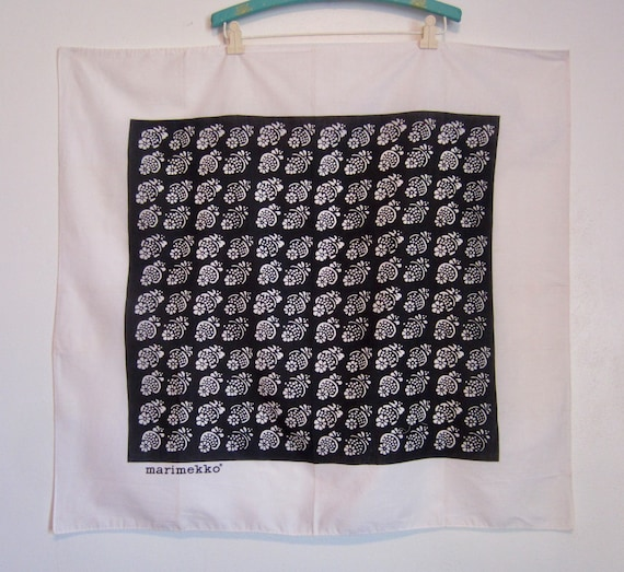 1960's Marimekko black and white floral cotton sca
