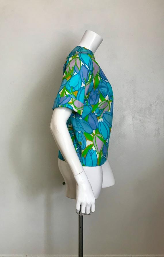 1960's Lady Manhattan cotton tulip print blouse/s… - image 2