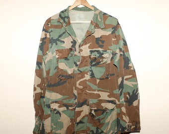 9e18d1cae73 US Army BDU Shirt    Camo Military Surplus Field jacket Men s Medium Long