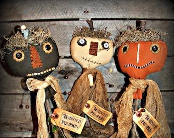 Primitive Haunted Pumpkins ~ Primitive Halloween Decor ~ Primitive Decor ~ Primitive Fall Decor ~ Fabric Pumpkins ~ Primitive Autumn