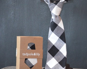 Boy's Neck tie in Buffalo Check