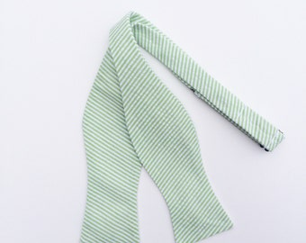 Men and Teen's Green Seersucker Bow Tie