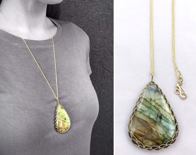 Teardrop Labradorite Statement Necklace - 14k Yellow Gold Filled - Large Genuine Labradorite - Exceptional Color and Flash