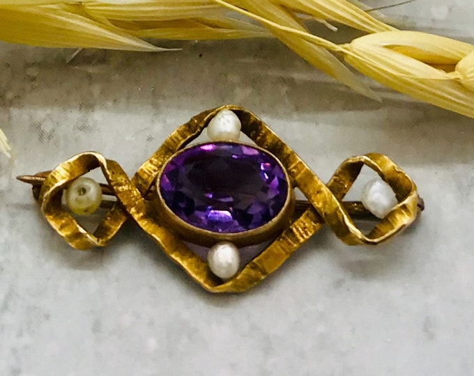 Yellow Gold Antique Amethyst and Baroque Seed Pearl Pin, Amethyst Pin