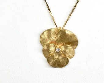 Yellow Gold Florentine Finish Pansy Pendant with Diamond, Floral Diamond Pendant, Vintage Necklace, Vintage Pendant