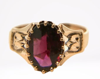 Antique Garnet Ring, January Birthstone Ring, Vintage Garnet Ring, Oval Garnet Ring, Garnet Ring