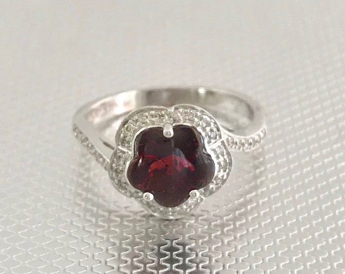 White Gold Flower Shaped Garnet and Diamond Ring, Vintage Garnet Ring, January Birthstone Ring