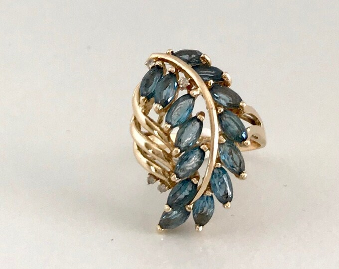 Yellow Gold Blue Topaz and Diamond Ring in Feather Design, Vintage Blue Topaz Ring, Blue Topaz and Diamond Ring
