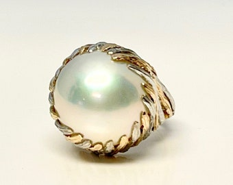 Yellow and White Gold Mabe Pearl Ring, Vintage Mabe Pearl Ring, Mabe Pearl Dinner Ring