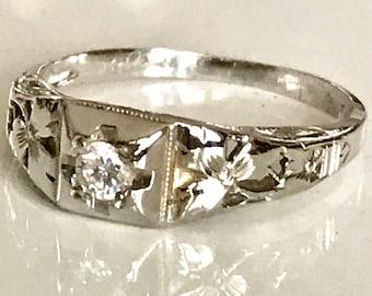 White Gold Diamond Antique Filigree Ring, Engagement Ring in 18 Karat, Edwardian Diamond Ring, Antique Engagement Ring