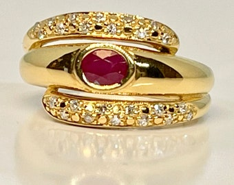 Yellow Gold Ruby and Diamond Ring, Vintage Diamond and Ruby Ring, Vintage Ruby Ring, July Birthstone Ring, Hallmarked Ruby and Diamond Ring