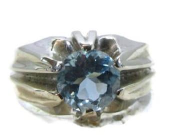 White Gold Aquamarine Ring, Vintage Aqua Ring, Aquamarine Ring, March Birthstone Ring, March Birthstone, 1950's Aquamarine Ring