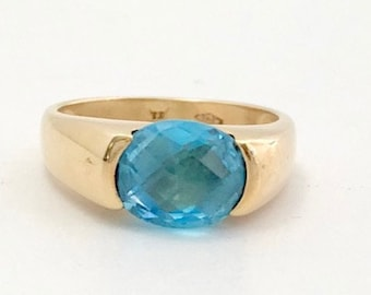 Yellow Gold Blue Topaz Ring, November Birthstone, Birthstone Ring, Blue Topaz, Vintage Blue Topaz Ring, Blue Topaz Statement Ring