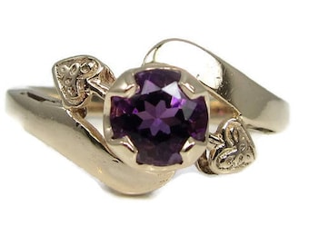 Amethyst Yellow Gold Ring with Hearts; February Birthstone; Birthstone Ring; Amethyst Ring; Estate Amethyst Ring; 1950's Amethyst Ring