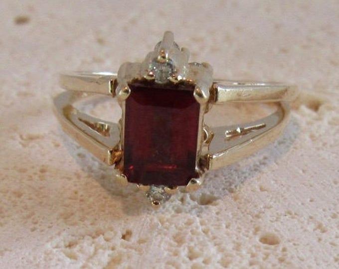 Garnet Ring, Garnet and Diamond Ring, Flip Ring, One Ring Two Looks, January Birthstone, Birthstone Ring, Diamond Ring