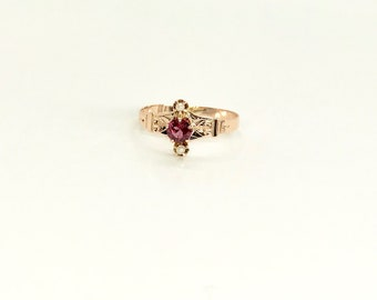 Victorian Yellow Gold Garnet and Pearl Ring, Garnet and Pearl Ring, Antique Ring