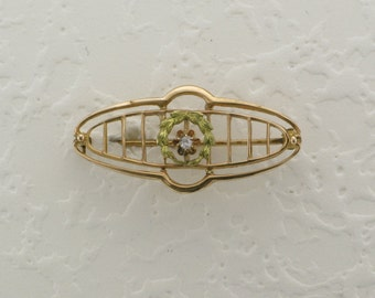 Ladies 10 Karat Yellow Gold Edwardian Diamond Pin