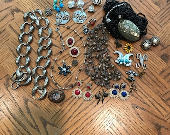 Bits and Pieces of Jewelry, Earrings, Vintage Bag of Jewelry Odds and Ends, Pendants, Necklace