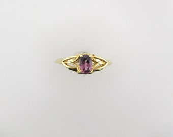 Yellow Gold Garnet Ring; Garnet Ring; January Birthstone Ring; Violet Garnet Ring; 14 Karat Yellow Gold Garnet Ring, Vintage Garnet Ring