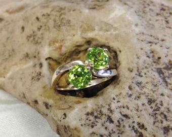 Peridot Bypass Ring Set in 14 Karat Yellow Gold Mounting, August Birthstone, Vintage Peridot Ring