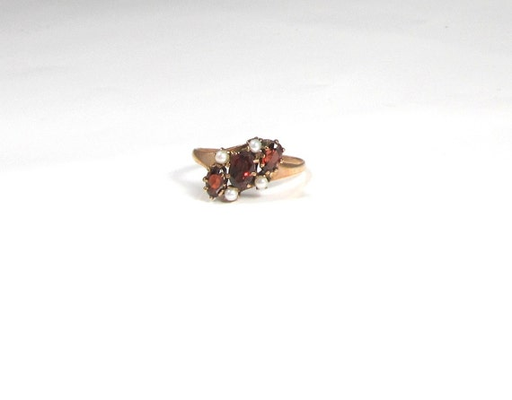 Garnet and Pearl Ring; Victorian Garnet and Pearl