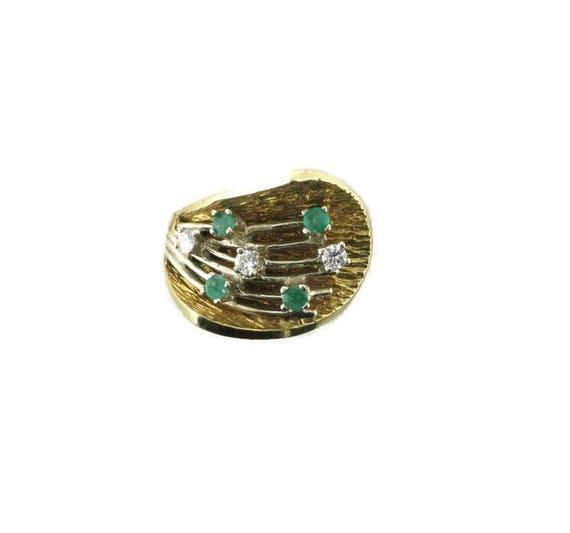 Emerald and Diamond Cocktail Ring; 1960's Cocktai… - image 1